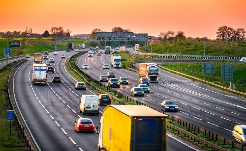 Shutterstock 676874443 motorway 500x308