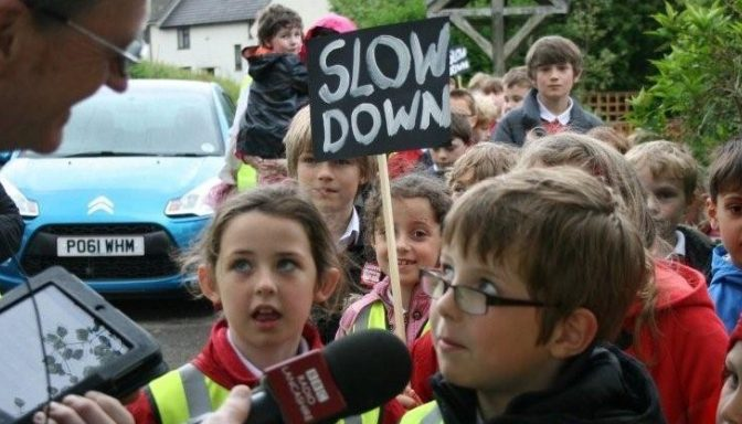 Children campaigning for slower speeds